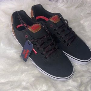 Mens 9.5 Levi Sneakers Nwt